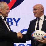 Bill Beaumont rieletto presidente di World Rugby